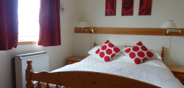 Bedroom - Gilbraes Chalets